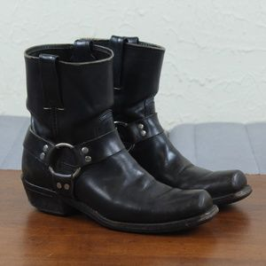 Frye Harness 8R Women's Motorcycle Ankle Boots.